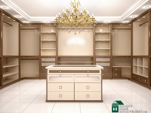 Benefits of adding a walk in closet to your weston ma for Design your own walk in closet