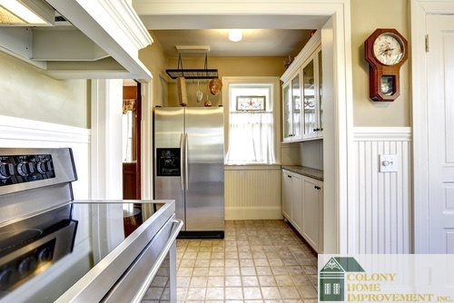 Ways to make a small kitchen functional stylish and for Local kitchen remodeling